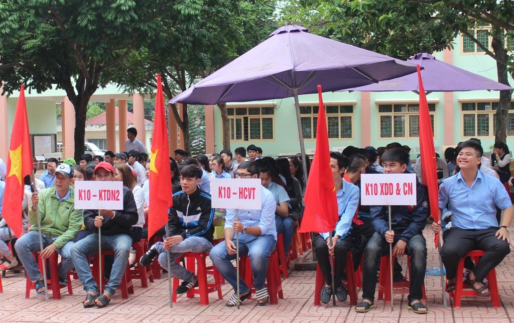 Các học sinh tham dự Lễ khai giảng